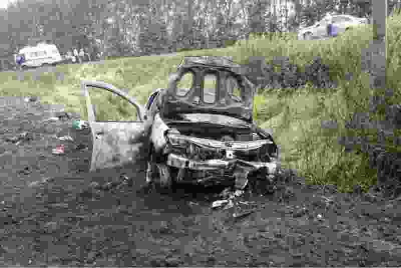 В результате ДТП в Сосновском районе загорелся автомобиль