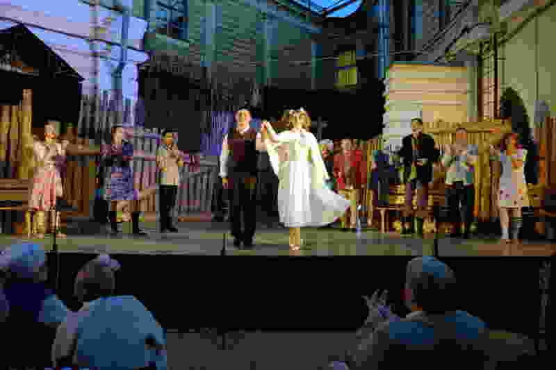 В Тамбове на сцене «Театрального двора» прошёл первый спектакль