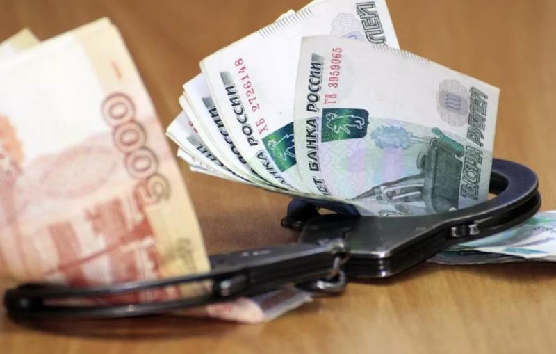 Юриста тамбовской фирмы оштрафовали на миллион рублей за взятку судебному приставу