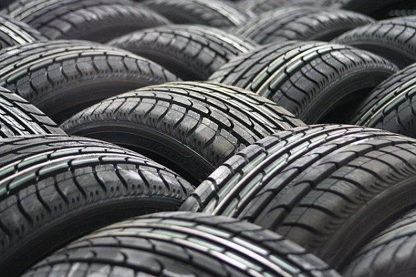 Автоэксперт поддержал новые штрафы за отказ водителей менять резину
