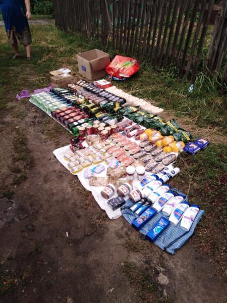 """Четверо мужчин из Белгородской области похищали дорогие продукты из """"Пятерочки"""" в Кирсанове"""