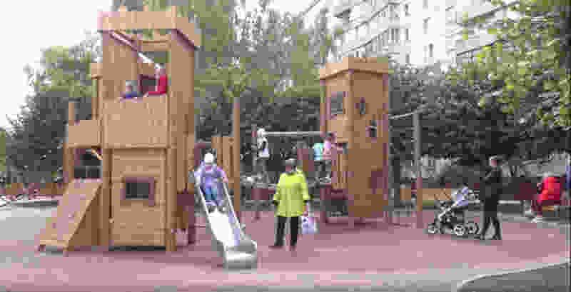 Детский городок на Набережной начал приходить в негодность ещё до открытия