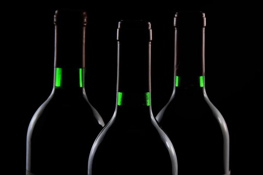 Минздрав призывает повысить возраст продажи алкоголя до 21 года