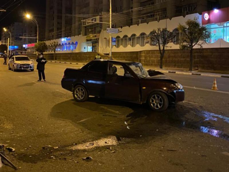 """Ночное ДТП в центре Тамбова унесло жизнь водителя """"Приоры"""""""