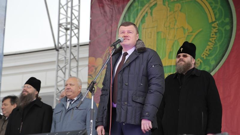 Пелагея, Апина, Гоман, Бабкина, Макаревич – в день отмены Покровской ярмарки-2020 вспоминаем всех, кто пел на ней в прошлые годы