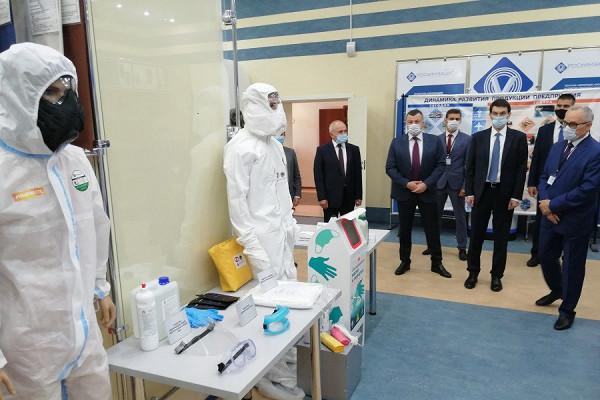 Полпред Президента вЦФОИгорь Щеголев вТамбове познакомился сработой корпорации «Росхимзащита»