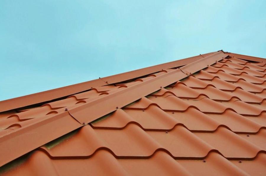 Ремонт крыши в многоэтажке на Тельмана не помог: квартиры всё равно заливает