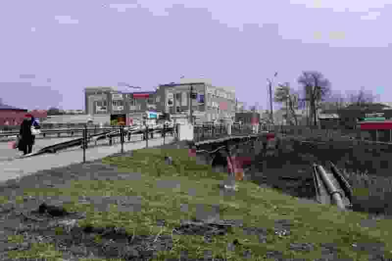 Ремонт моста на Базарной опять затянулся