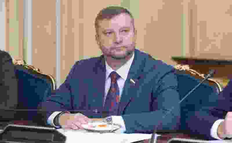 Сегодня были прекращены полномочия в Совете Федерации сенатора от Тамбовской области Алексея Кондратьева