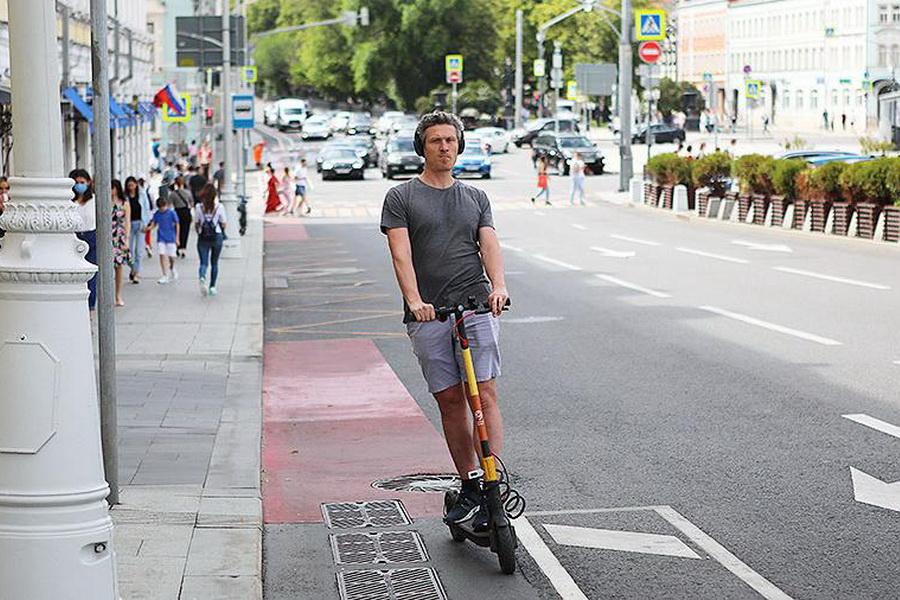 В ГИБДД объяснили, водителей каких скутеров могут оштрафовать