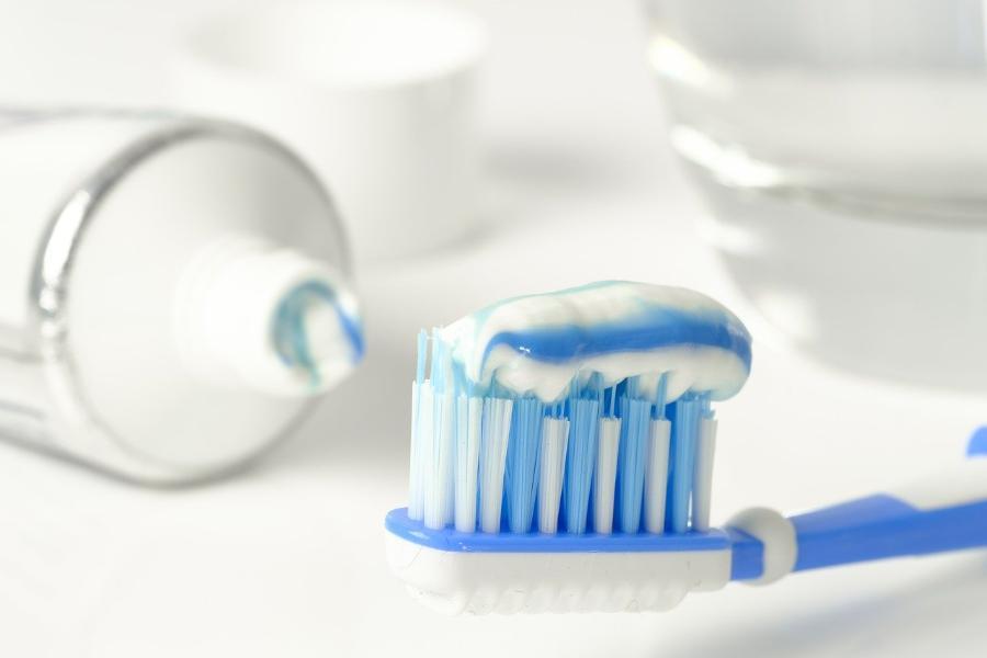 В Мичуринске грабитель схватил с прилавка магазина зубную пасту и убежал