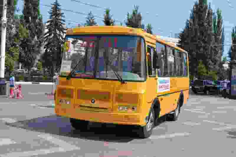 В одной из школ Тамбовской области детей перевозили на неисправных автобусах