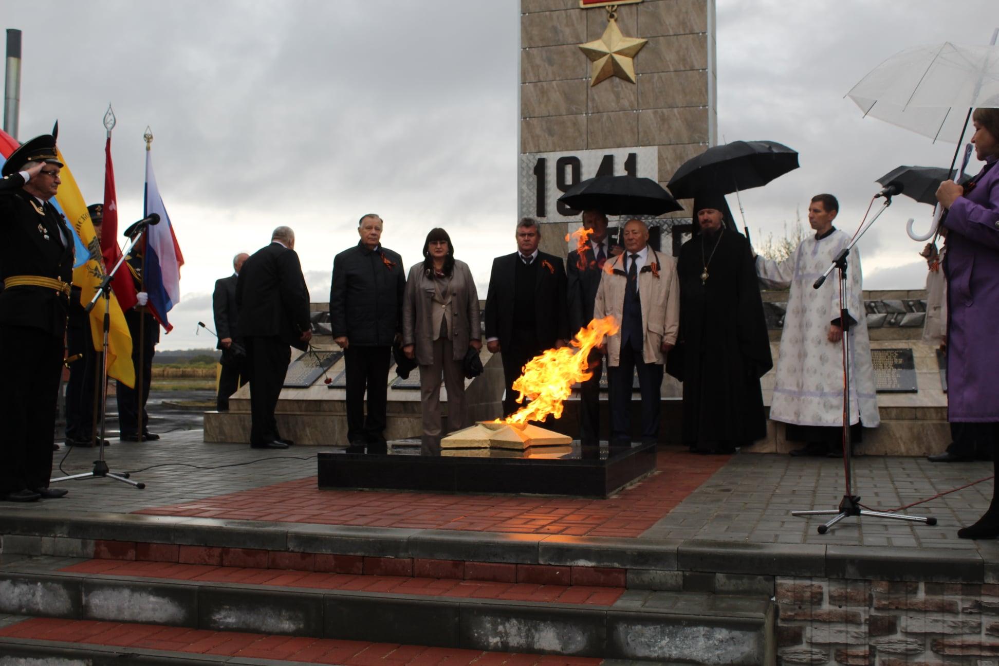 В Ржаксинском районе открыли новый мемориальный комплекс
