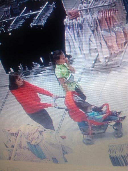 В Тамбове две женщины с детьми обокрали магазин одежды
