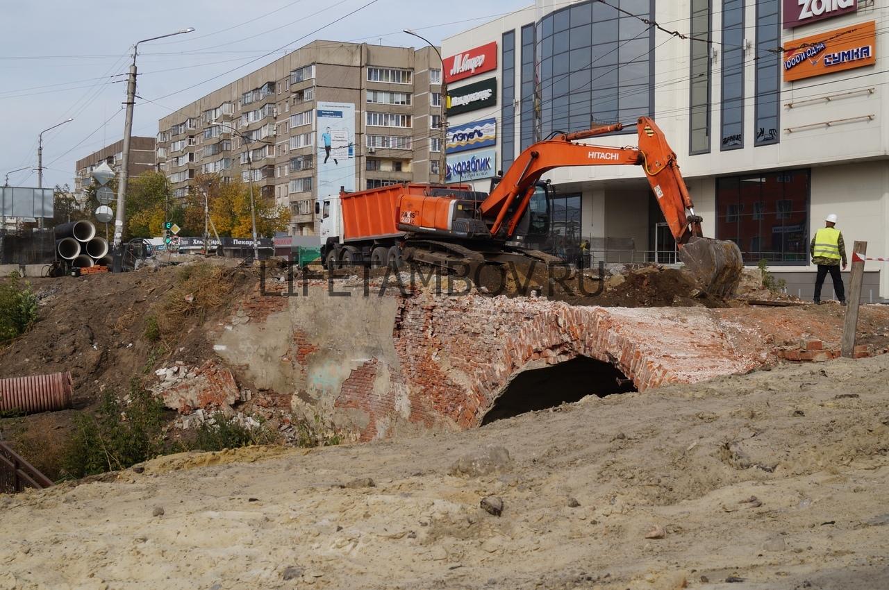 В Тамбове начался демонтаж моста на улице Базарной: фото