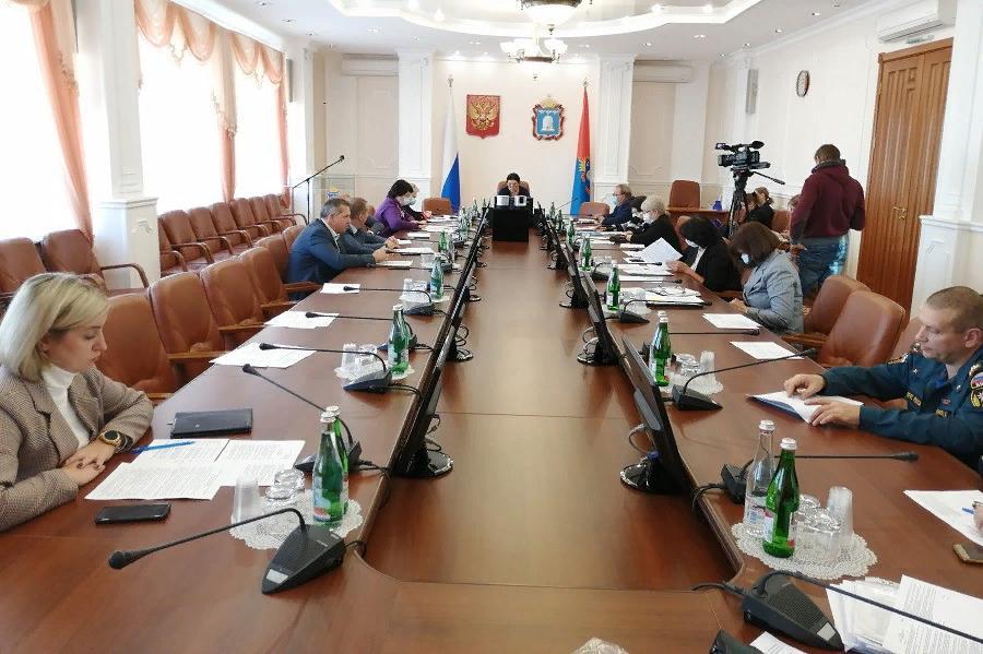 В Тамбовской области усилят контроль за соблюдением масочного режима в транспорте и общественных местах