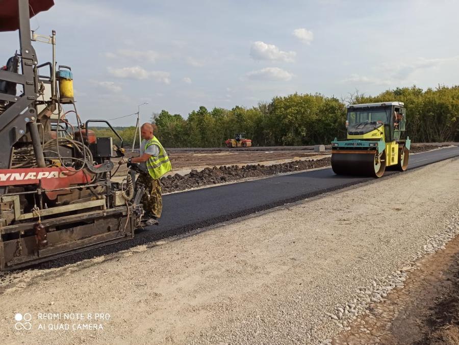 В Тамбовской области завершают строительство дорог к четырем крупным сельхозобъектам