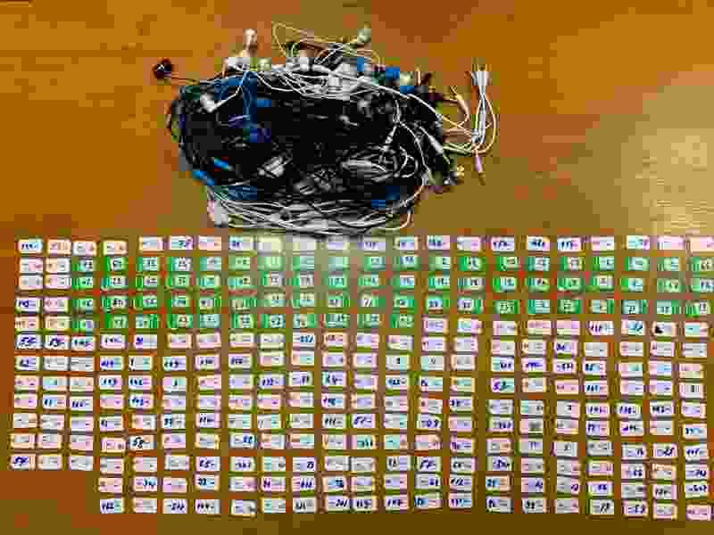 В тамбовскую колонию на Мичуринской пытались доставить сразу 300 SIM-карт