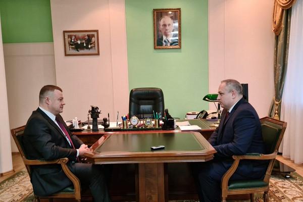 Александр Никитин обсудил сМаксимом Косенковым актуальные проблемы города