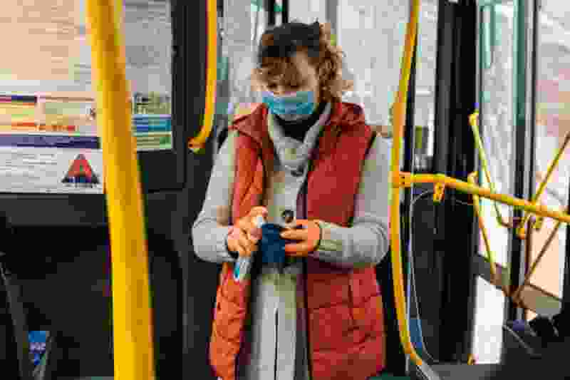 Число пассажиров, которые ездят в автобусах Тамбова в масках, перевалило за 70%