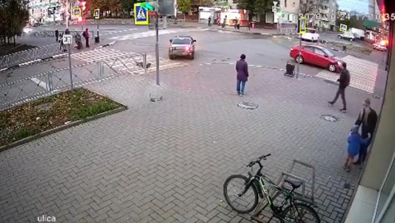 На перекрёстке в центре Тамбова произошла очередная авария