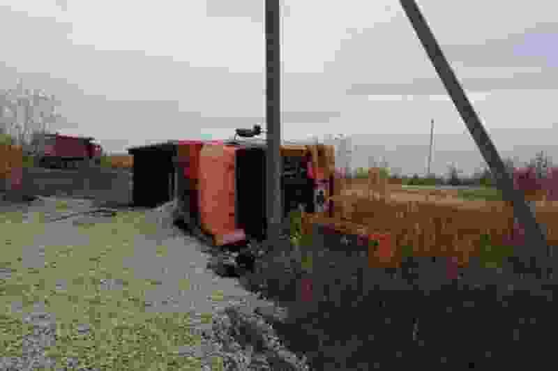 Под Мичуринском перевернулся грузовик с 5-летним ребёнком