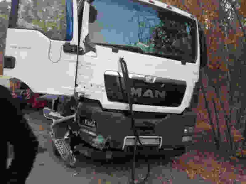 Под Тамбовом в результате ДТП с участием двух грузовиков и самолёта погиб человек