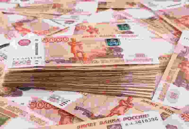Смолянин украл из квартиры тамбовчанина больше двух млн рублей и золотые украшения