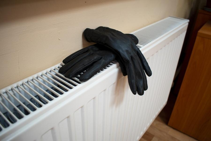 Тепло дали, но не всем: тамбовчане продолжают мерзнуть в своих квартирах