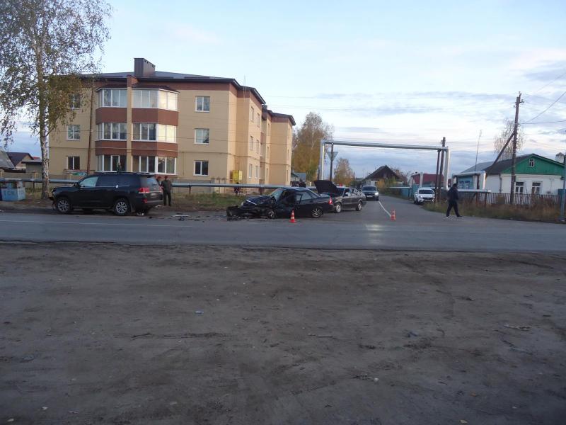 В Рассказове столкнулись три автомобиля