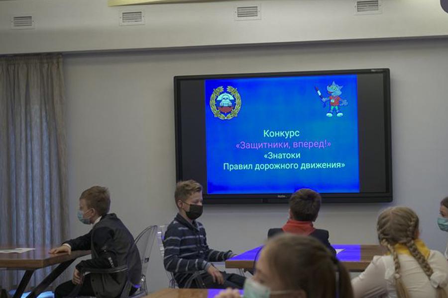 В Тамбове наградили юных инспекторов движения
