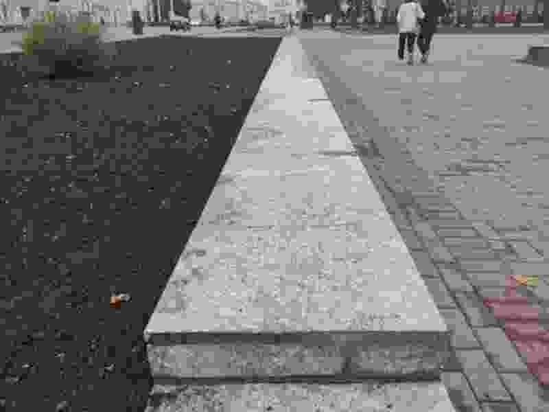 В Тамбове в сквере имени Космодемьянской появились скейт-стопперы