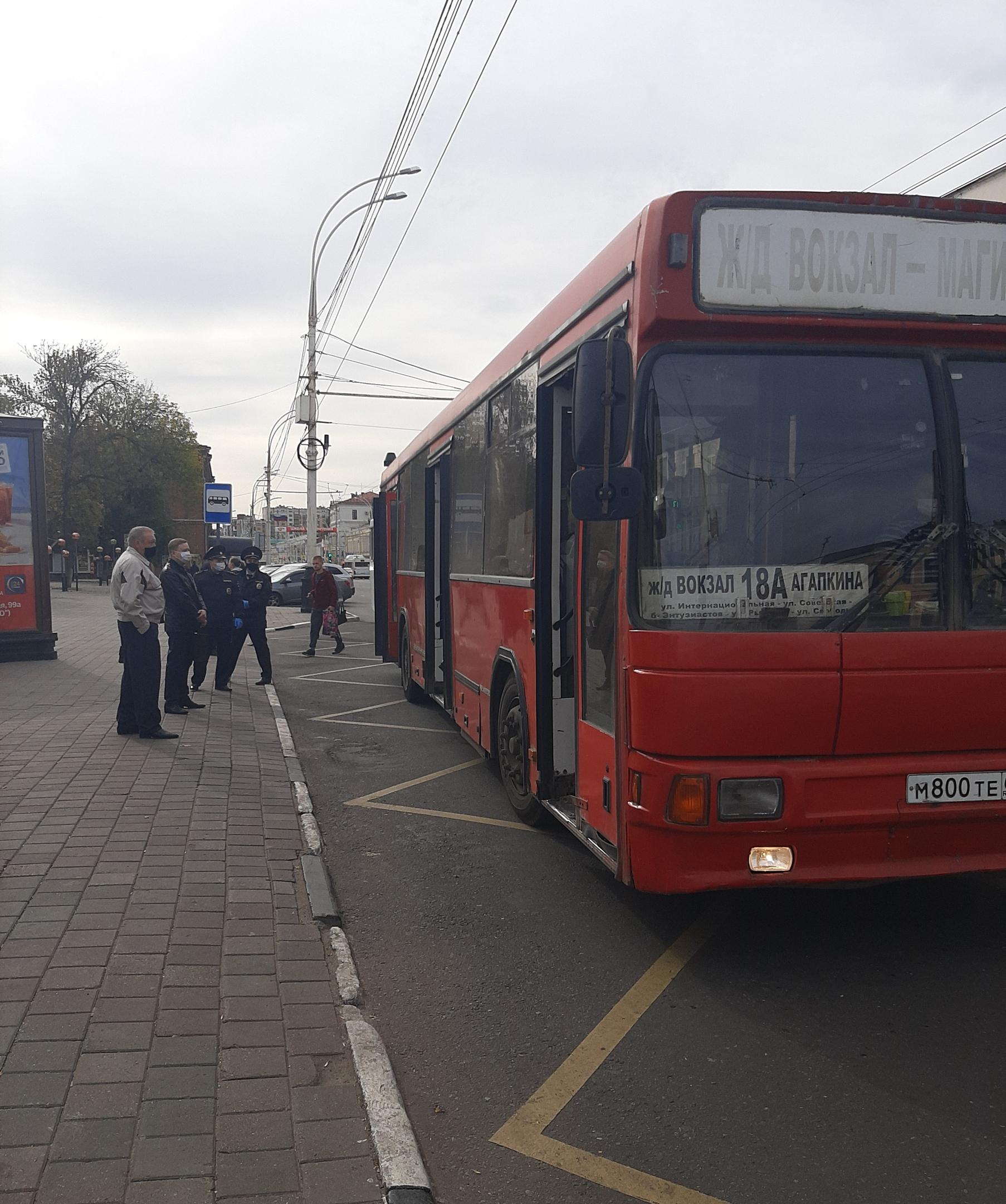 В тамбовских автобусах пассажиры нарушают масочный режим