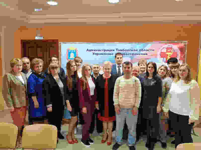 В Тамбовской области 10 молодых медиков отправились работать в районные больницы