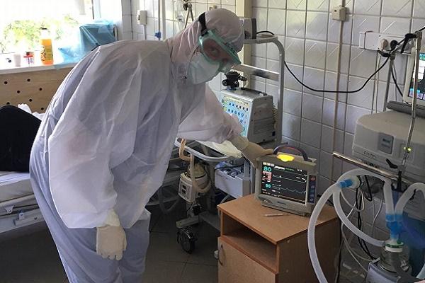 В Тамбовской области для борьбы с коронавирусом задействовано более двух тысяч медработников