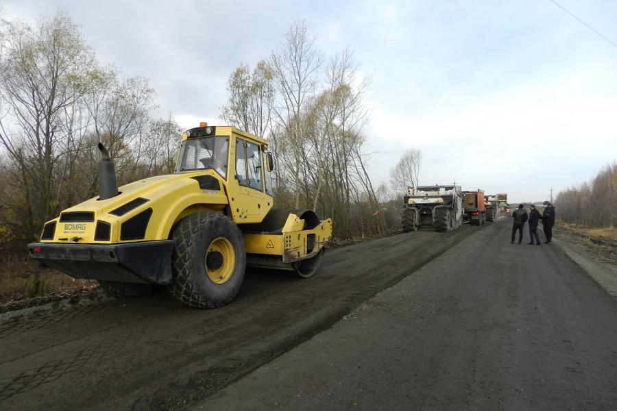 В Тамбовской области идет ремонт автодороги с применением новейшей технологии