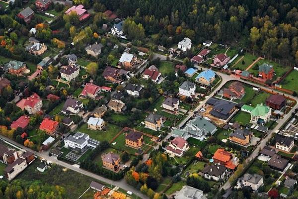 Загородная недвижимость за год подорожала на 7% из-за коронавируса
