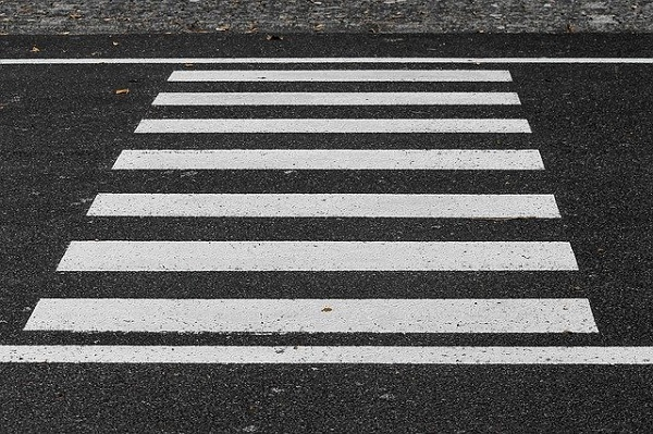 Жители Новой Ляды просят установить светофор в поселке
