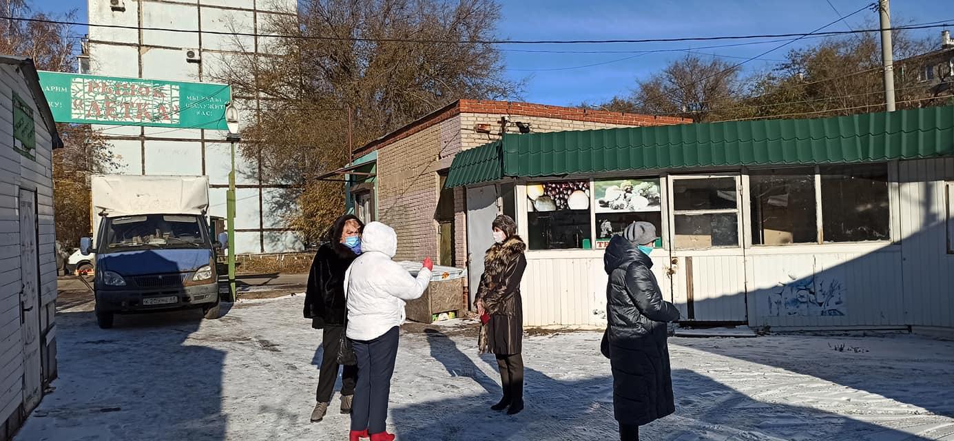 """Елена Леонова обсудила с горожанами организацию ярмарки в """"Лётке"""""""