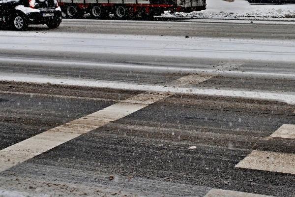 ГИБДД предупреждает тамбовских водителей о возможном гололёде на дорогах