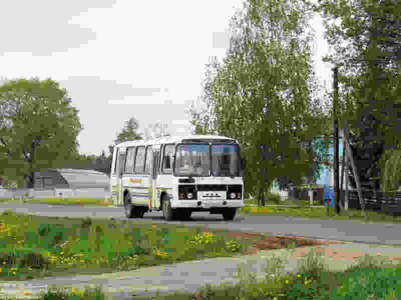 К жителям деревни Старчики и села Кузьмино-Гать больше не ходят автобусы