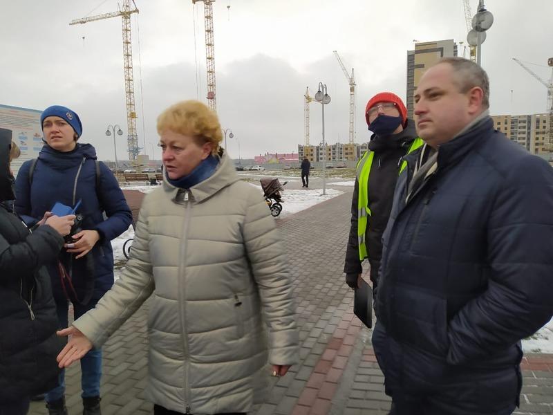 Максим Косенков вместе с представителями Минстроя и ОНФ оценили благоустройство дворов Тамбова