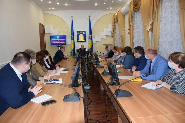 Максим Косенков встретился с волонтерами и зоозащитниками