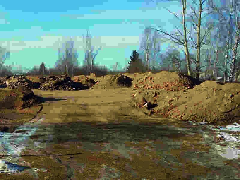 Многодетным мичуринским семьям предоставили земельные участки с земляными отвалами на них