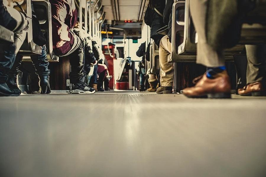 ОНФ предлагает властям сделать поездки для слабовидящих пассажиров в транспорте более удобными