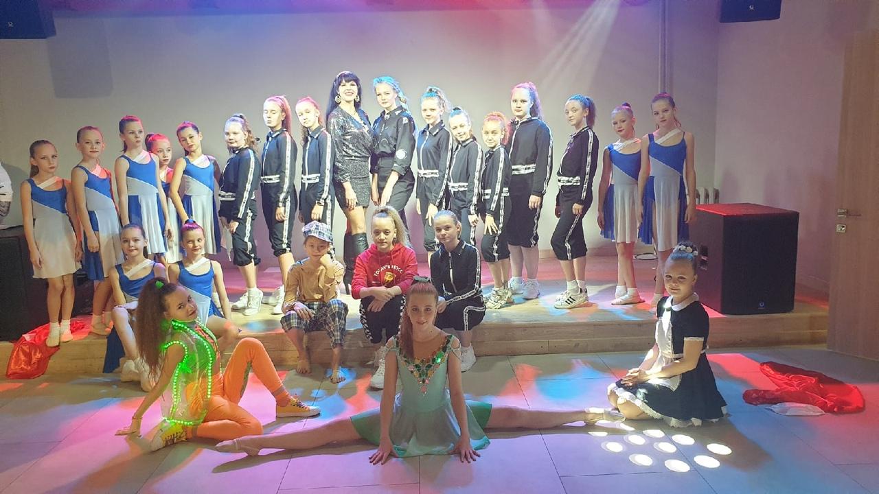 """Солистки ансамбля """"В Мире Танца"""" заняли призовые места на Всероссийском конкурсе """"Танцор 2020 Перезагрузка"""""""