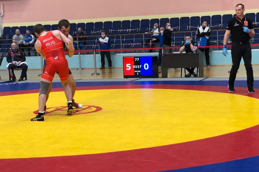 Тамбовские борцы выиграли медали чемпионата ЦФО