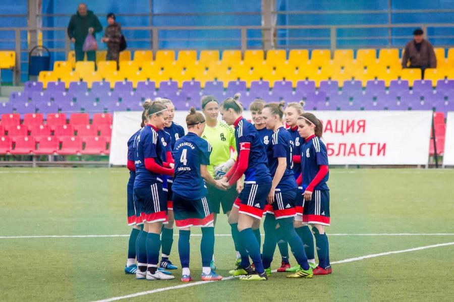 Тамбовские футболистки поборются за медали первенства России