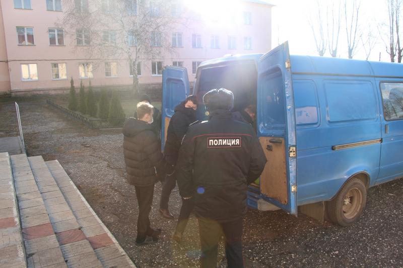 Тамбовские полицейские навестили воспитанников Горельской школы-интерната