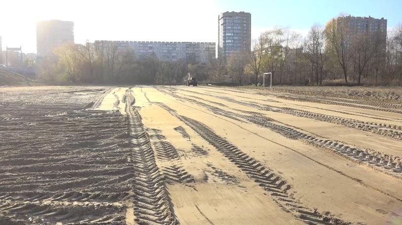 """В Тамбове готовят площадку под каток рядом с парком """"Дружба"""""""